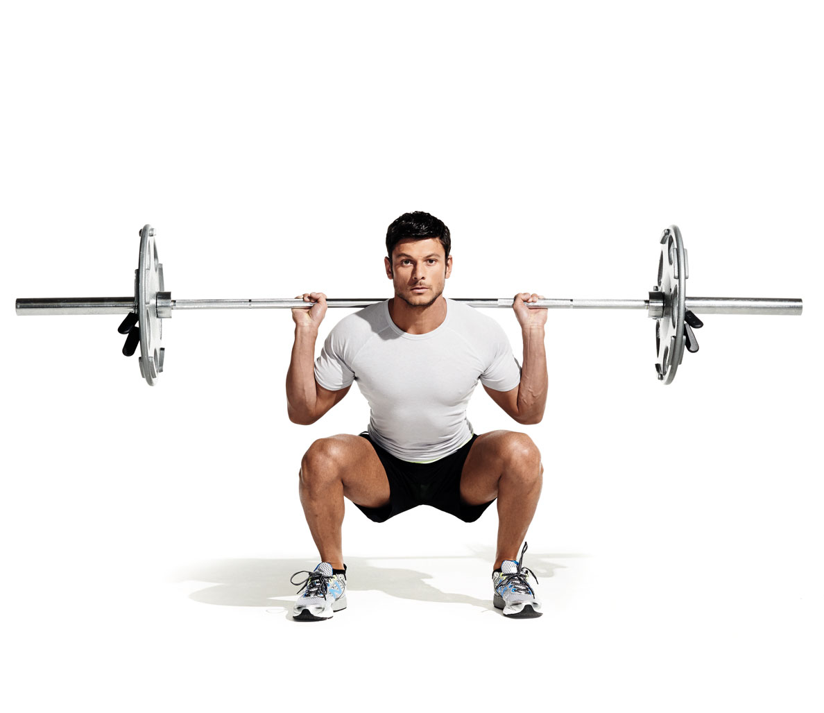 Powerlifting exercises for strength and muscle growth