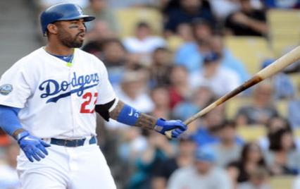 Los Angeles Dodgers Matt Kemp bats baseball