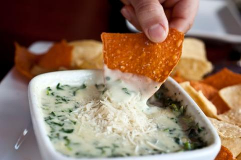 Chips and spinach dip