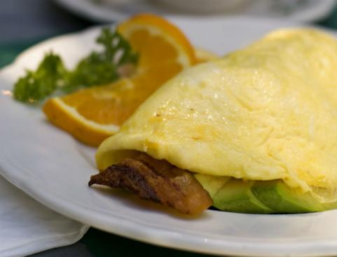bacon and avocado omelet