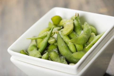 steamed edamame with salt
