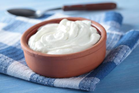 bowl of plain greek yogurt