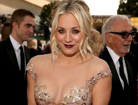 Kayley Cuoco 2013 Golden Globes