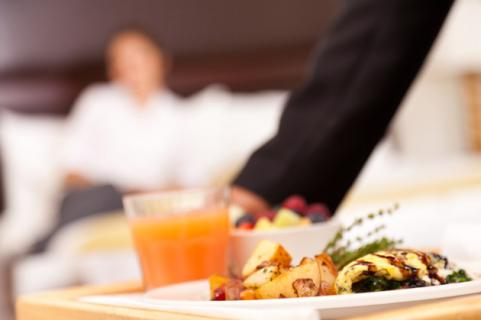 Room-service-healthy-food