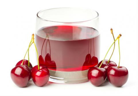 glass of tart cherry juice