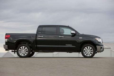 side profile of toyota tundra