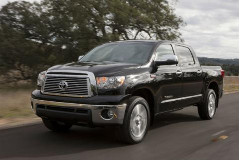 toyota tundra on the road