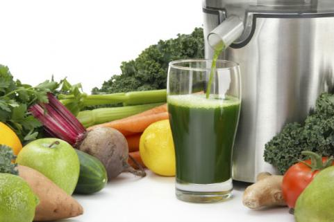 green juice from juicer