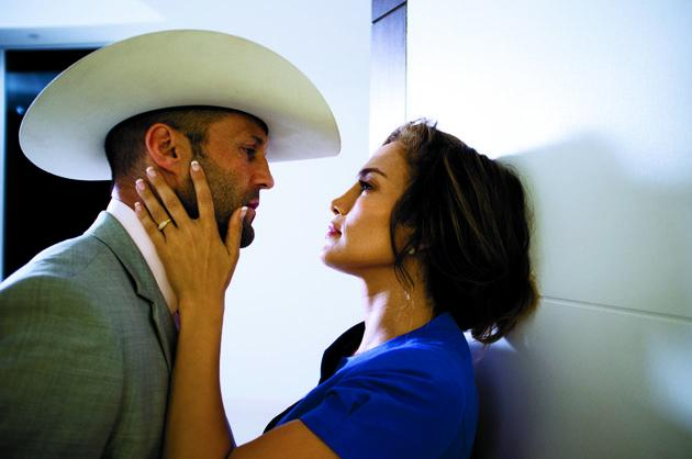 Jason Statham and Jennifer Lopez