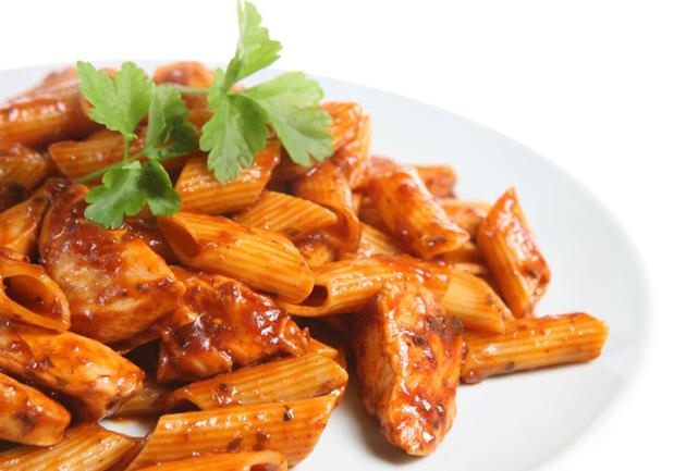 Pasta with Sauce and Chicken