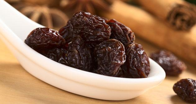 Quick Tip: Lower Your Blood Pressure With Raisins and Soy