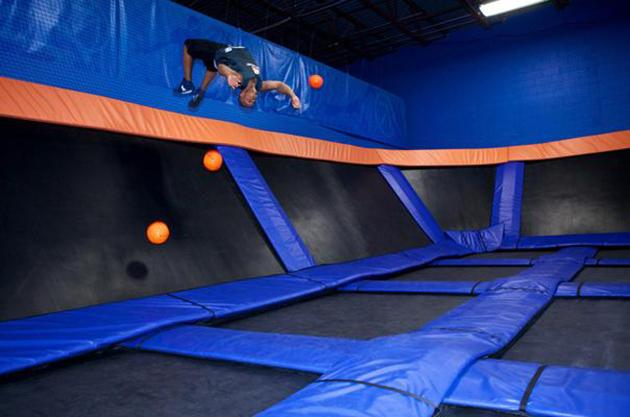 SkyZone 3D basketball