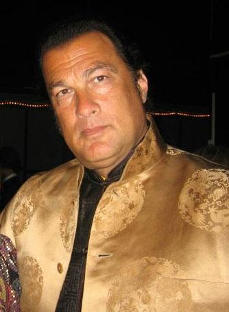 How did Steven Seagal become one of MMA&#039;s most sought-after trainers?