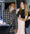 Brooklyn Decker shaving Ray Rice
