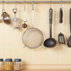 Kitchenware hanging