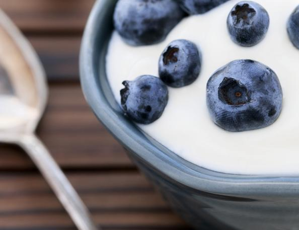 Physical Education - Page 2 12-healthy-foods-that-will-make-you-fat-greek-yogurt