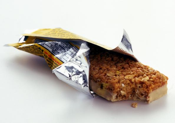 Physical Education - Page 2 12-healthy-foods-that-will-make-you-fat-protein-bars