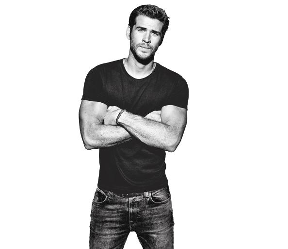 Liam Hemsworth's Bodyweight Workout