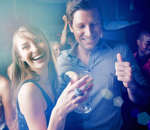 4 Reasons to Never Buy a Woman a Drink